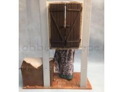 Donna alla finestra - Presepi Pigini cm 30