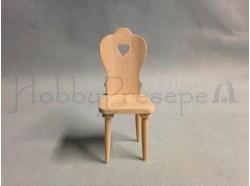 Sedia in legno chiaro grezzo. Scala 1:12