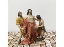 Gesù spogliato delle vesti  - Scene Pasquali