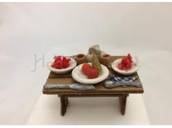 Tavolo con cibi in terracotta - Melù