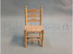 Sedia in legno chiaro . Scala 1:12