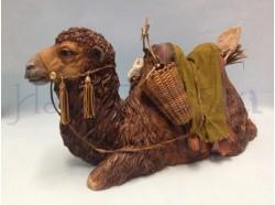 Cammello sdraiato testa dritta con finimenti da beduino- Presepi Pigini cm. 30
