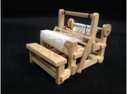 Telaio a mano - dimensioni: cm 10x8x7,5 - Miniature