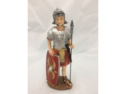 Soldato romano con scudo e lancia